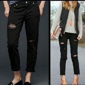 Gap 1969 Girlfriend distressed black jeans-sz.25r
